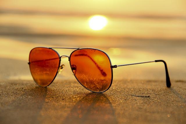 Acheter des lunettes de soleil bon marché dans des styles de créateurs