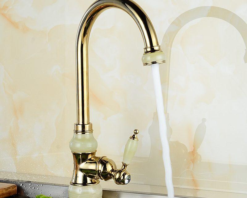 Guide d'achat d'un robinet de cuisine pour un évier