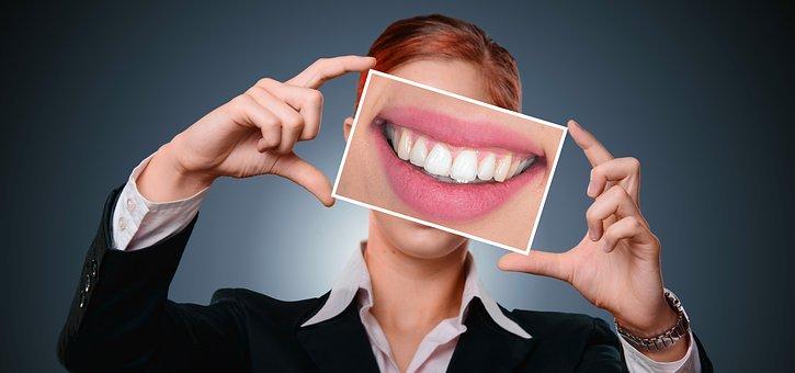 Quelle plante pour blanchir les dents ?